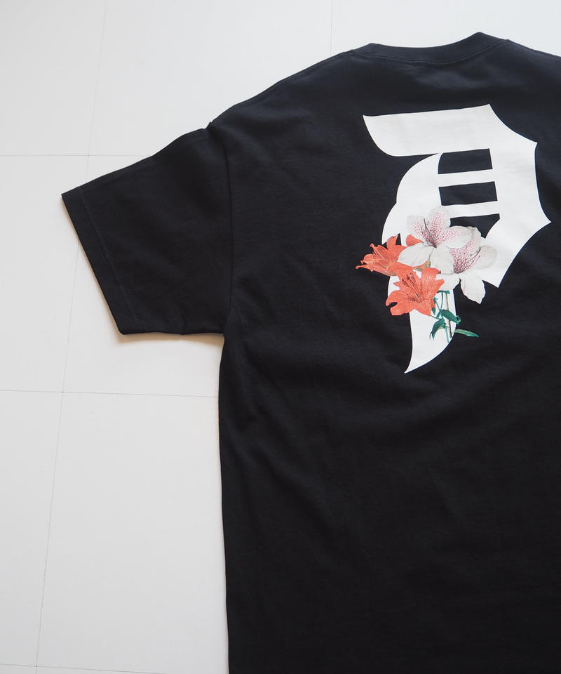 """Primitive """"DIRTY P LILY Tee"""" Black"""