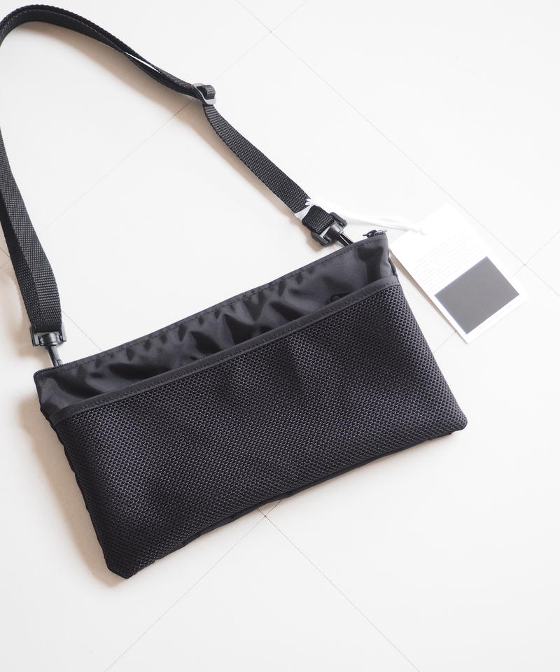 "COMESANDGOES  ""TRAVEL MESH POUCH"""