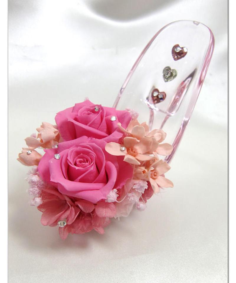 【プリザーブドフラワー/ガラスの靴シリーズ】シューズとハートと花たちが集まった、甘くやさしいピンク色の饗宴