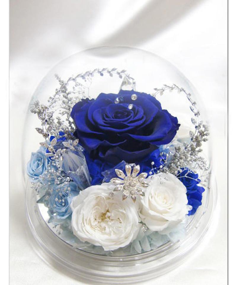 【プリザーブドフラワー/オルゴールシリーズ・雪の女王】美しい花も宝石の輝きも凍らせてしまう、氷の世界に生きる雪の女王のクールな心