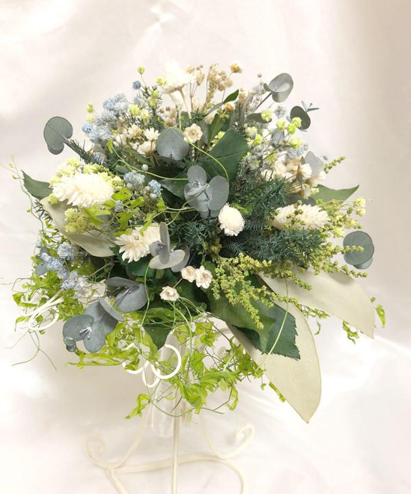 【プリザーブドフラワー/グリーンと小花のガーデンブーケ/ブートニア・ブーケスタンド付き】