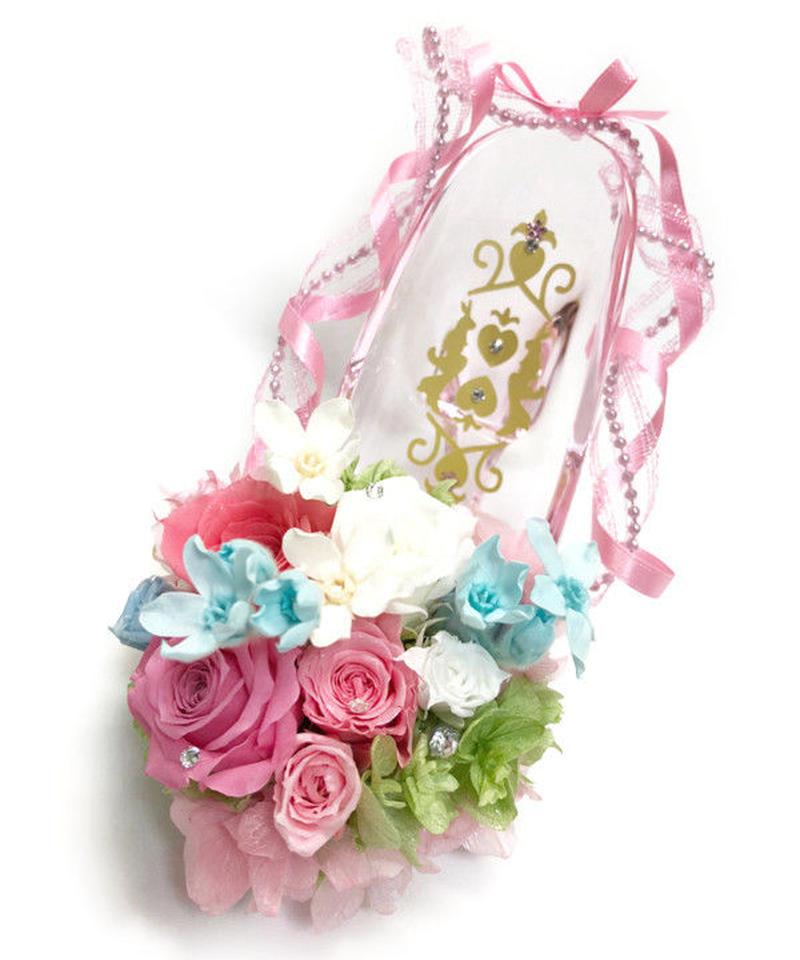 【プリザーブドフラワー/ガラスの靴シリーズ】薔薇とブルースターの陽気なおしゃべりに金色のウサギさんも加わって…