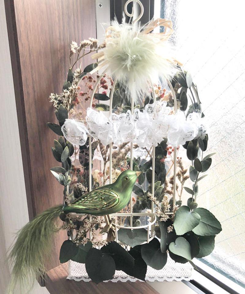 ヨーロピンアなボタニカルな鳥かごの壁掛け/プリザーブドフラワー