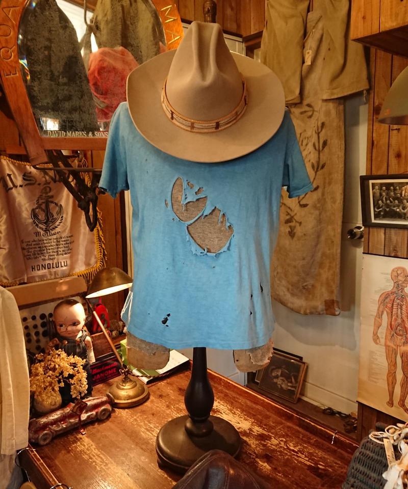 【 ~1960s  PILGRIM 】Damaged cotton T-shirt.
