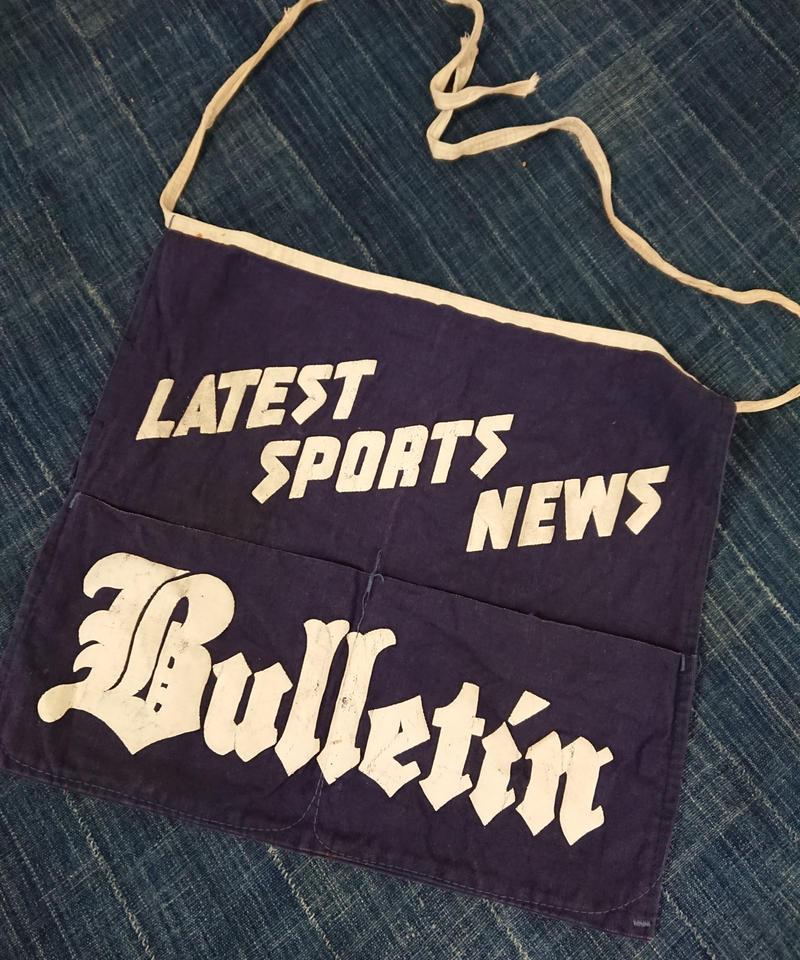 1940s~  Blue canvas newspaper apron.