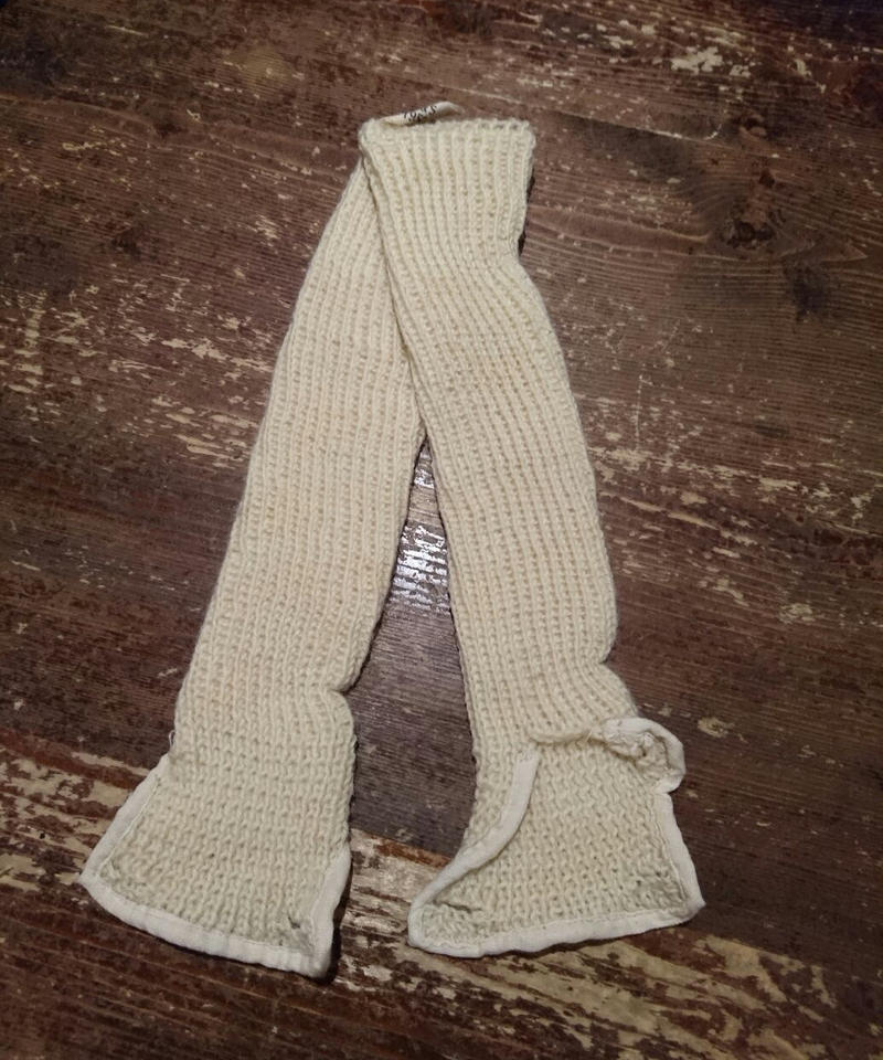 In1952    British Armed Forces    Arm warmer