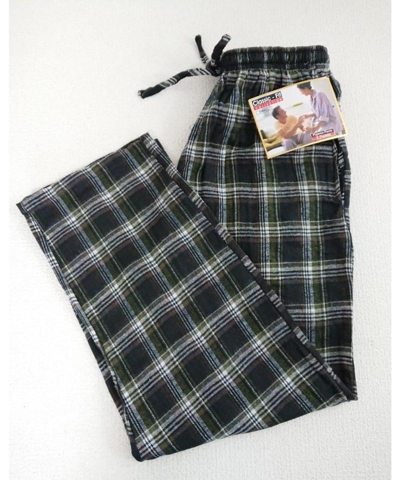 ~00s  Flannel green check   Pajamas pants.