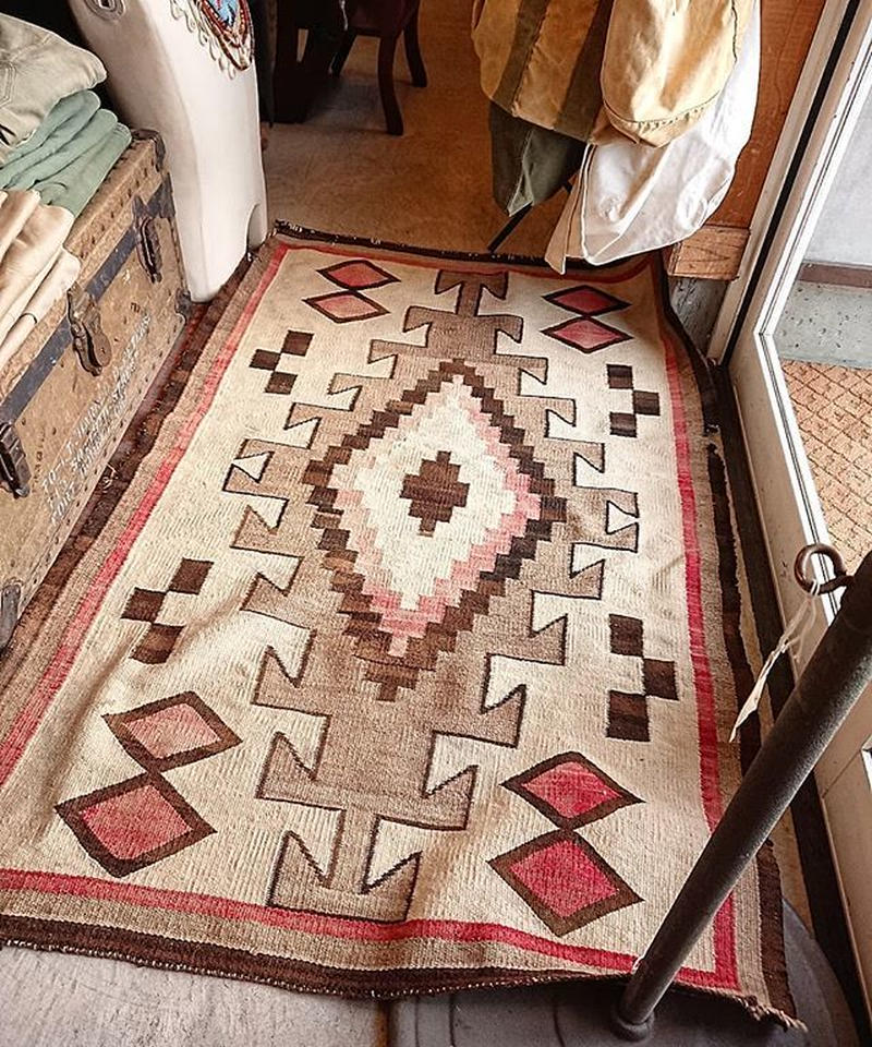 【 Early 20th century 】Antique  Navajo Rug.