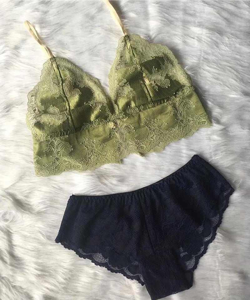 moss green × navy set  up