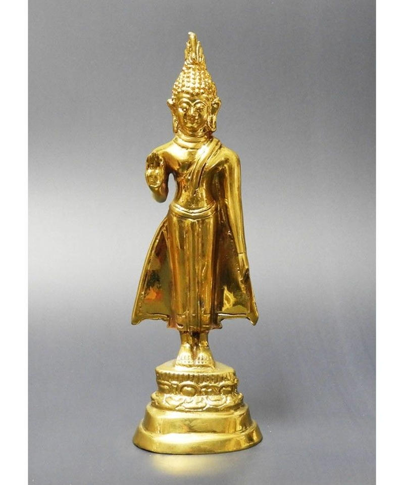 タイの曜日仏陀 月曜