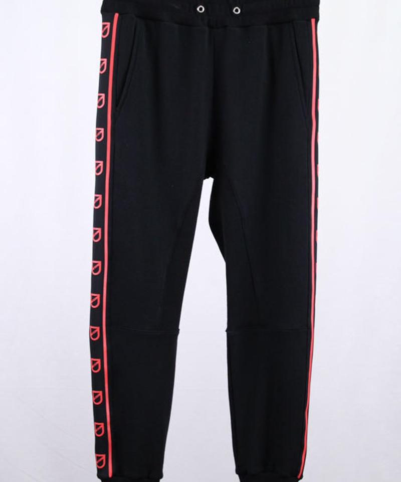 Bennu(ヴェンヌ)  110710501  / Bennu Logo line Jogger Sweat Pants