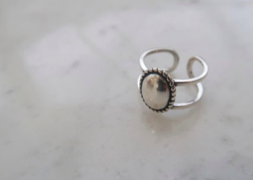 oval concho ring