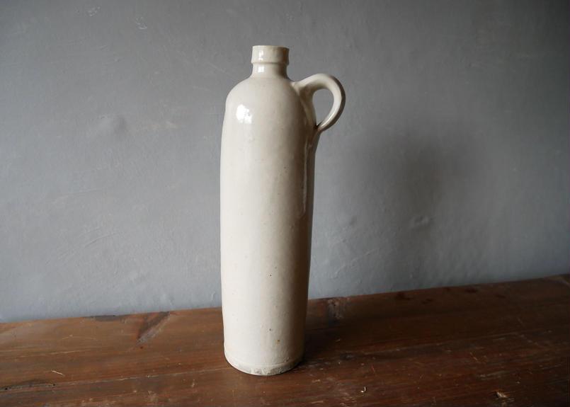 美しいフォルムの瓶 フランスアンティーク