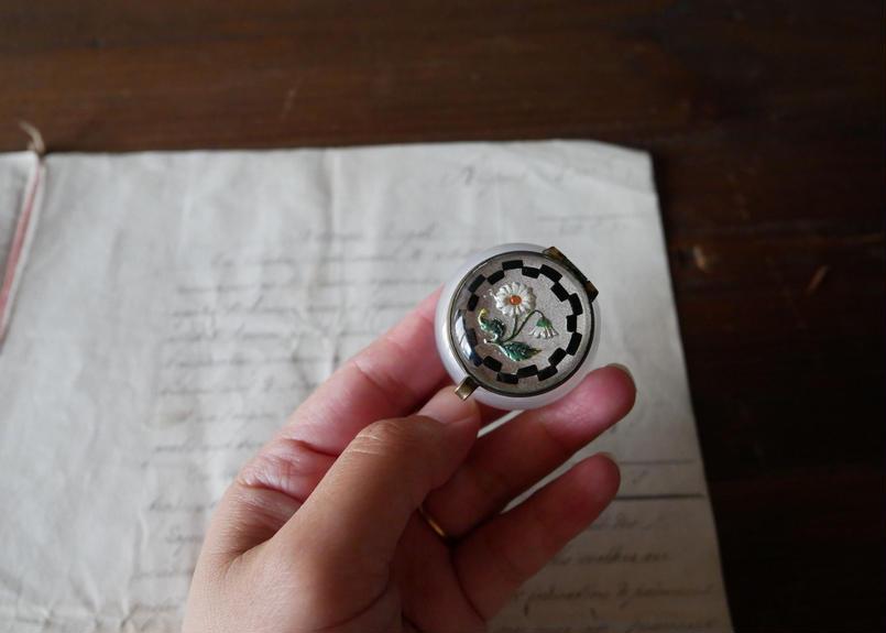 小さな曇りガラスのケース フランスアンティーク