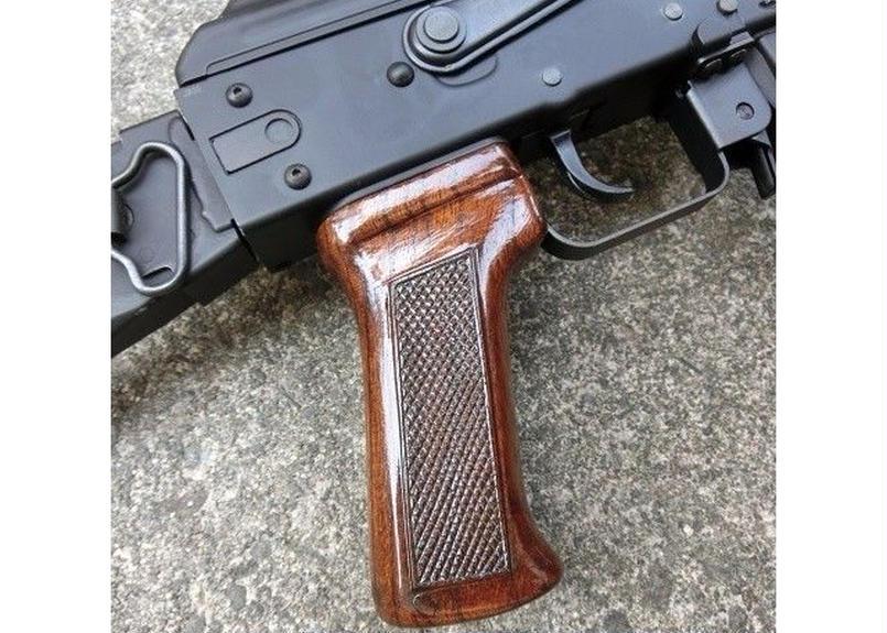 受注 KSC AKシリーズ用ノーマルウッドグリップ製作(チェッカリング)
