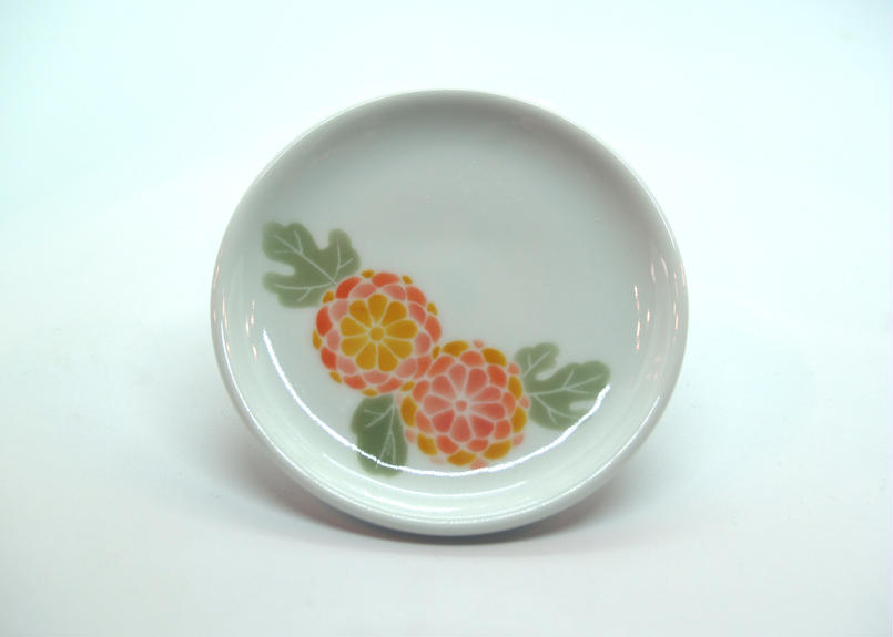 白磁皿[花柄]