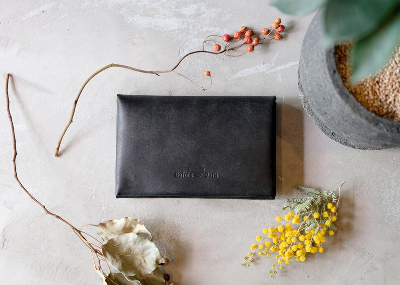 Middle Wallet 【 rocca 】/ Nero