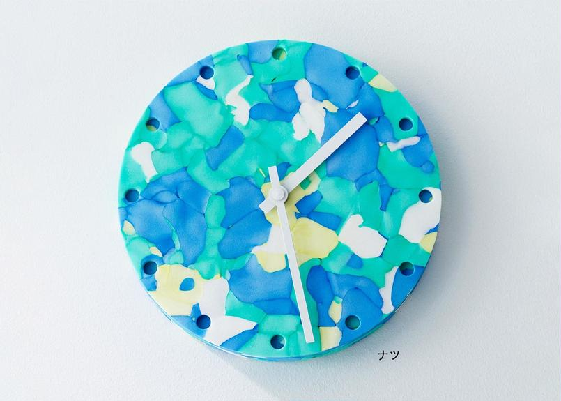 COLOR POLYMOCK® CLOCK