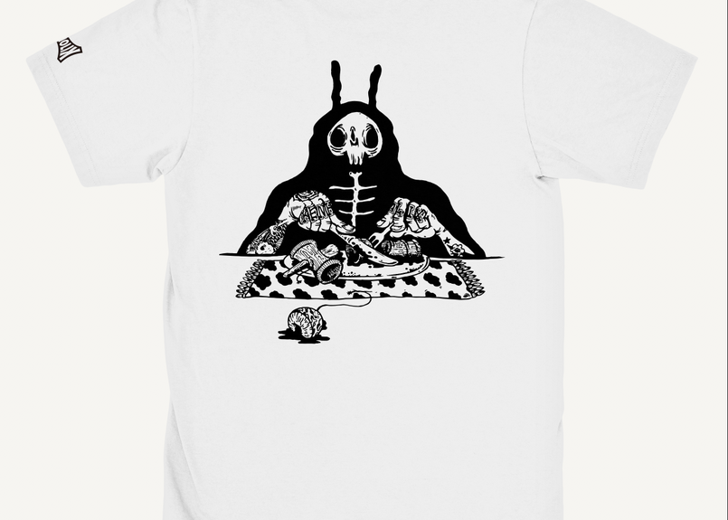 S.O.S. (Snack Of Skull) Tee -White-