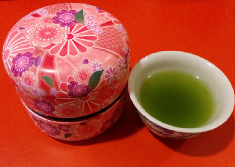 龍穴茶(粉末タイプ80g)。約2ヵ月半分です。
