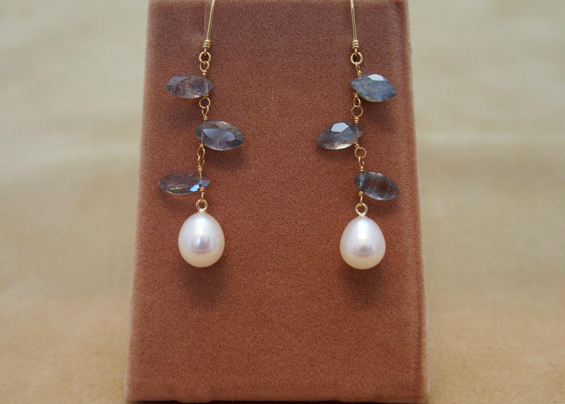 Labradorite & Pearl Earrings