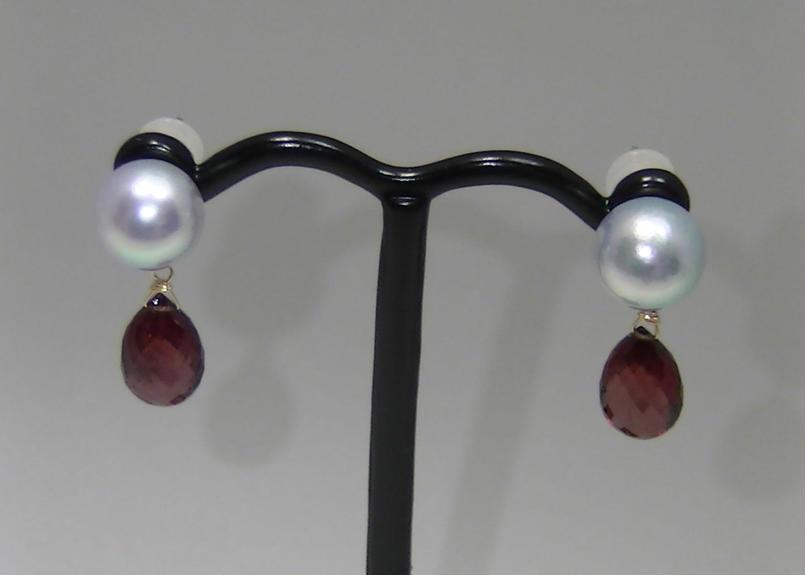 AkoyaPearl Charm Earrings(Garnet)