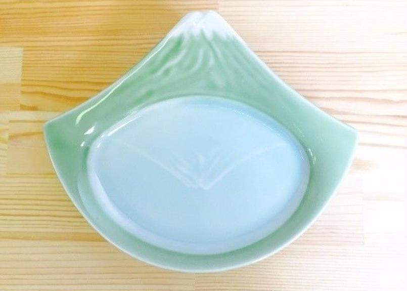 ヒワ釉富士山7寸皿