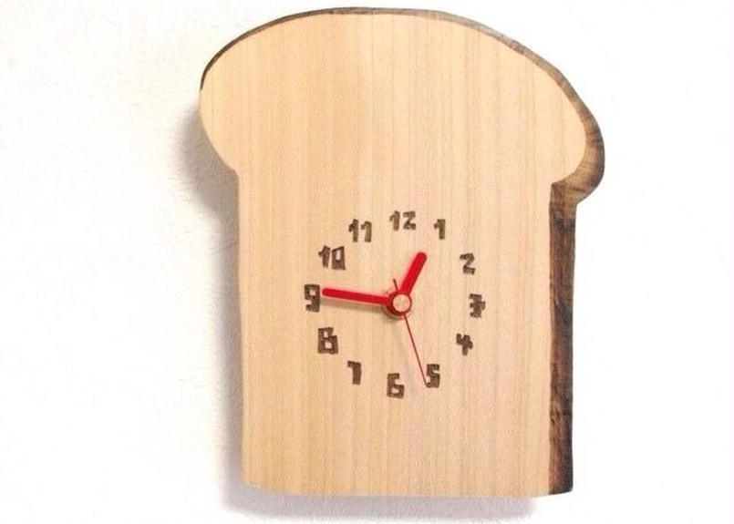 leo pan clock