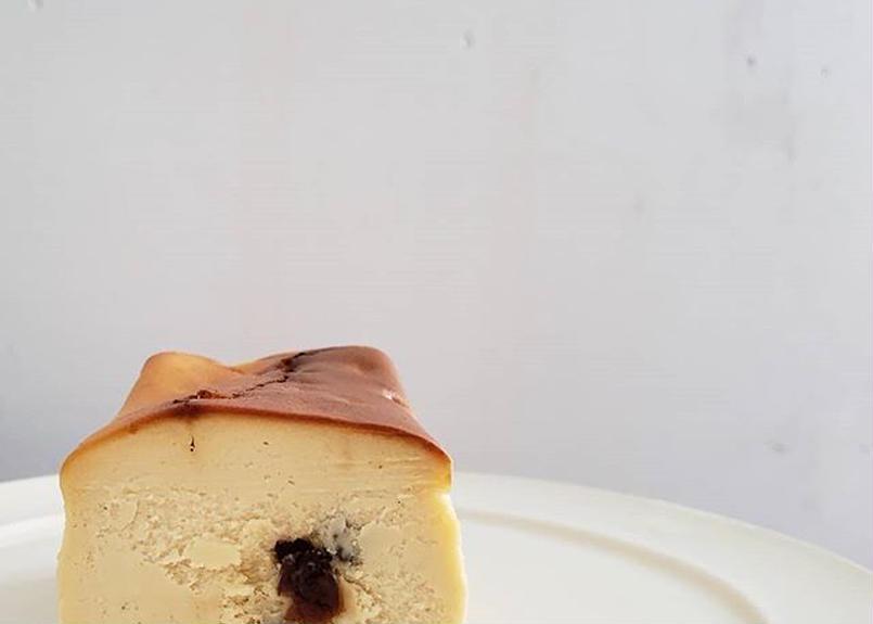 黒い実チーズケーキ/フルサイズ【5月中発送】