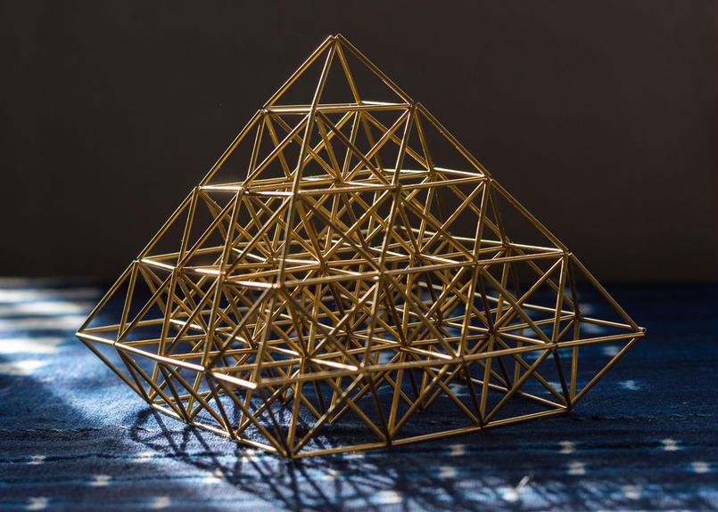 BLASS HIMMELI  - ピラミッド -