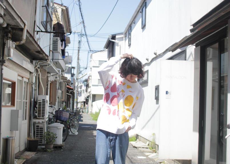 """十二ヶ月色彩記録の手刷りのトレーナー """"ピーチとオレンジ"""""""