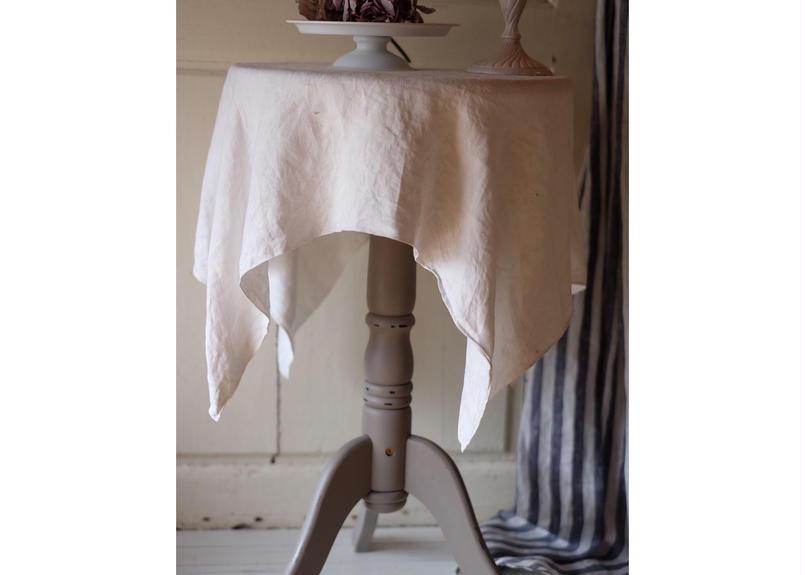 フレンチアンティークのようなテーブル・フレンチグレー