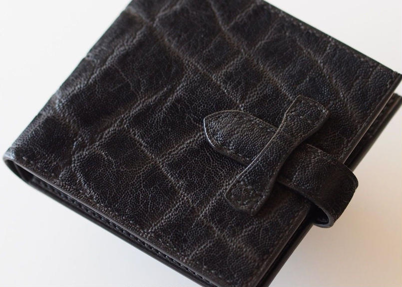 エレファント革 二つ折り財布