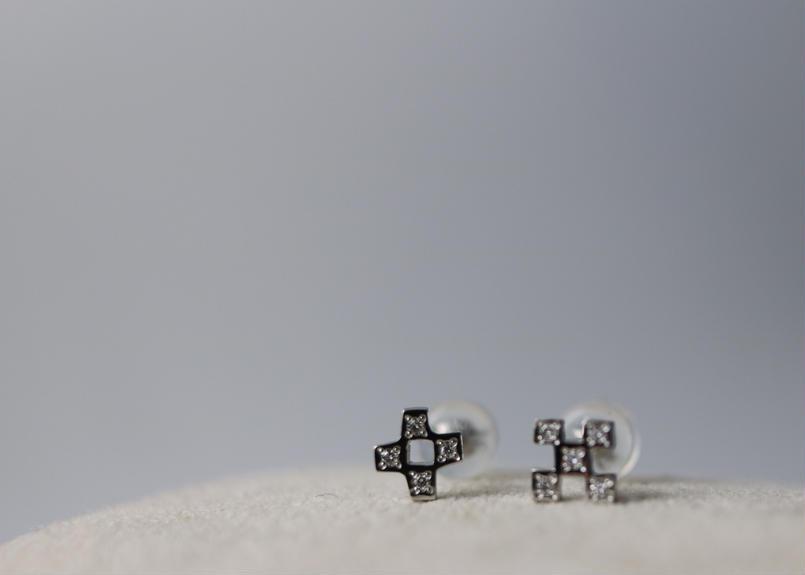 PT900 ミンサーダイヤピアス 5つ 4つ