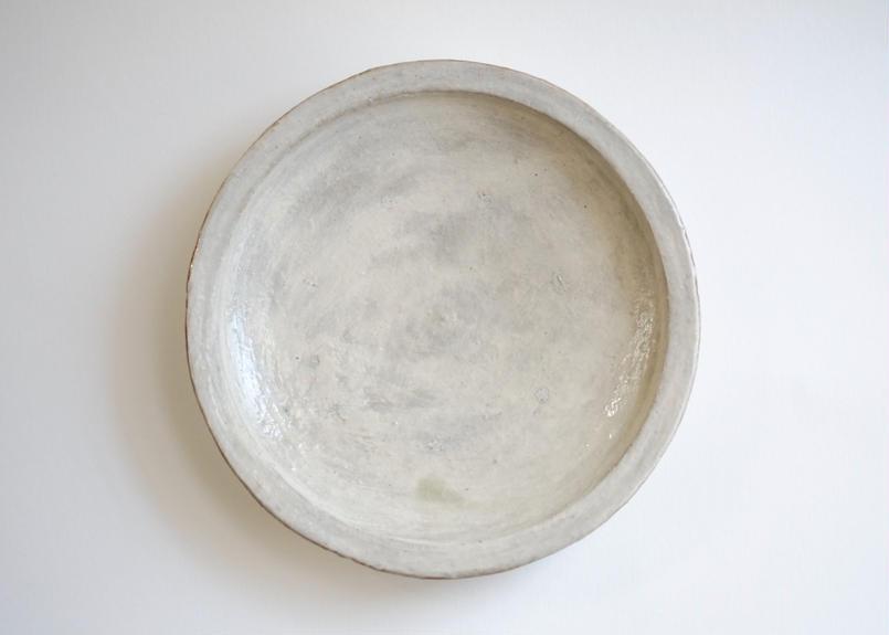 白化粧七寸リム皿