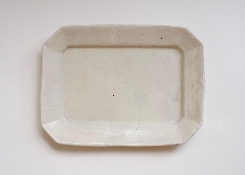 粉引八角皿