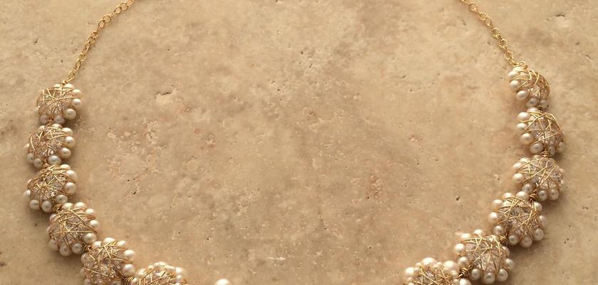 フラワーモチーフネックレス(単品)