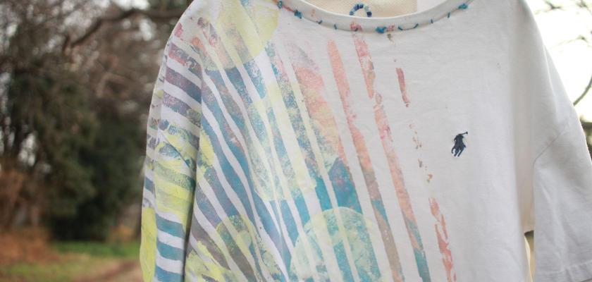 """十二ヶ月色彩記録の手刷りのTシャツ """"夕暮れ海色と淡い日差し"""""""