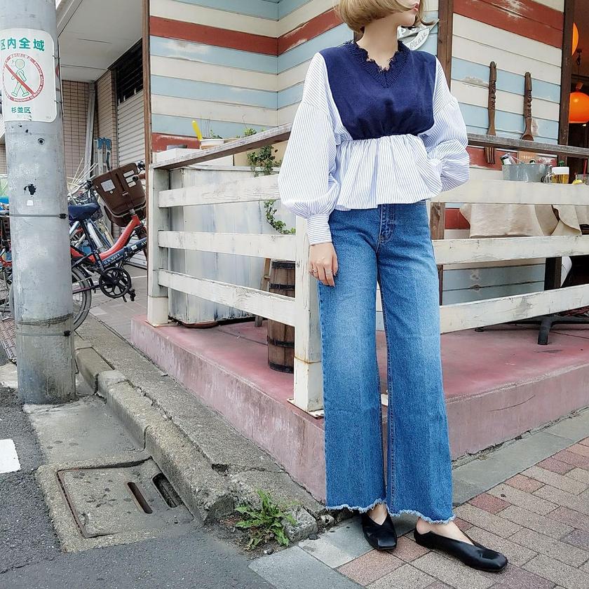 knit vest striprd shirt