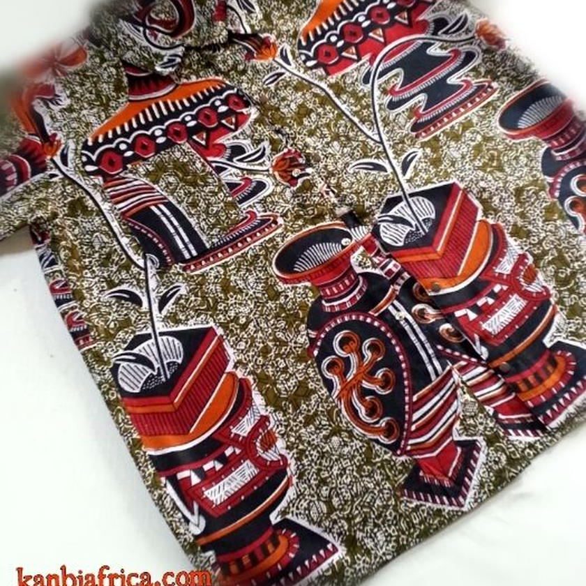 26   アフリカ布 半袖シャツ