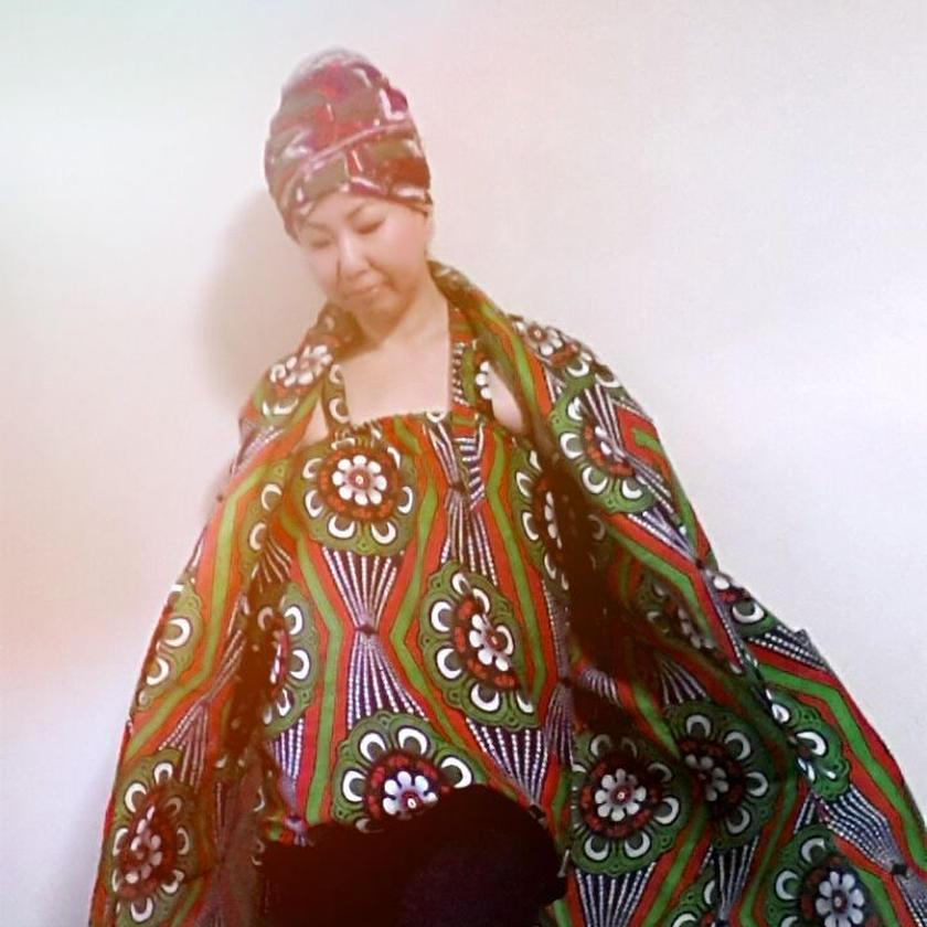 7 アフリカ布バルーンカットソー