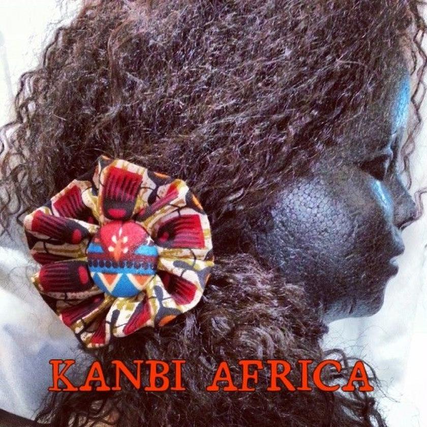 アフリカ布フラワーヘアゴム♪