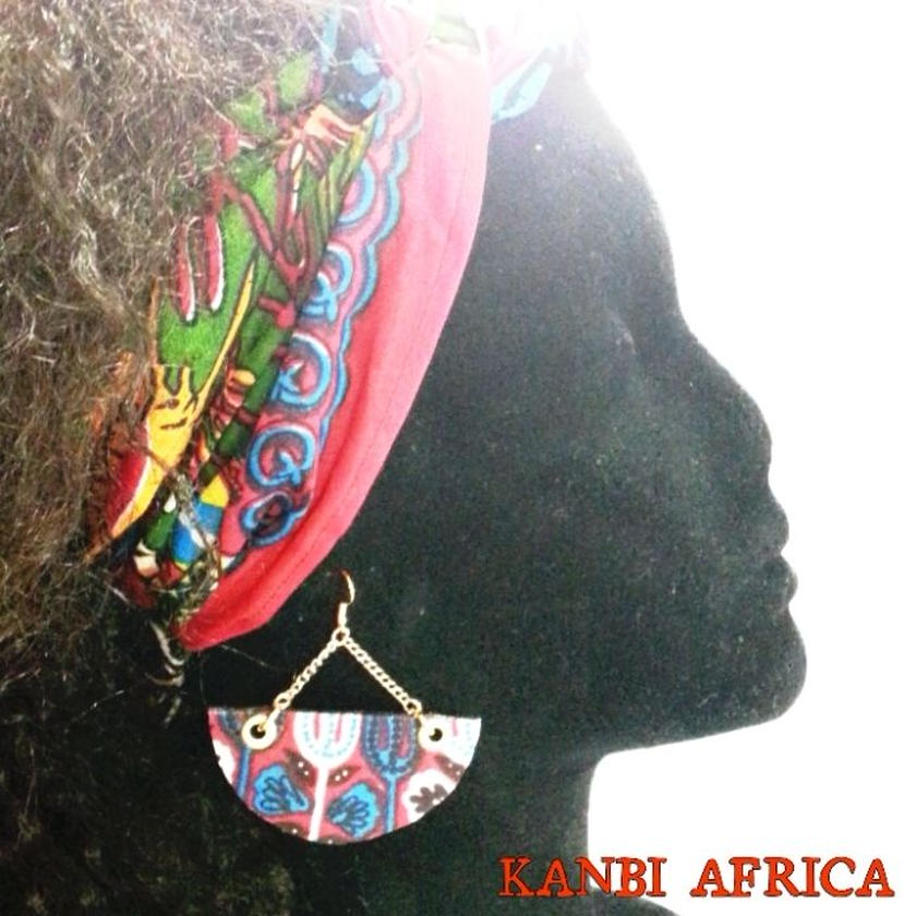 ~african sircle cut pierce ~