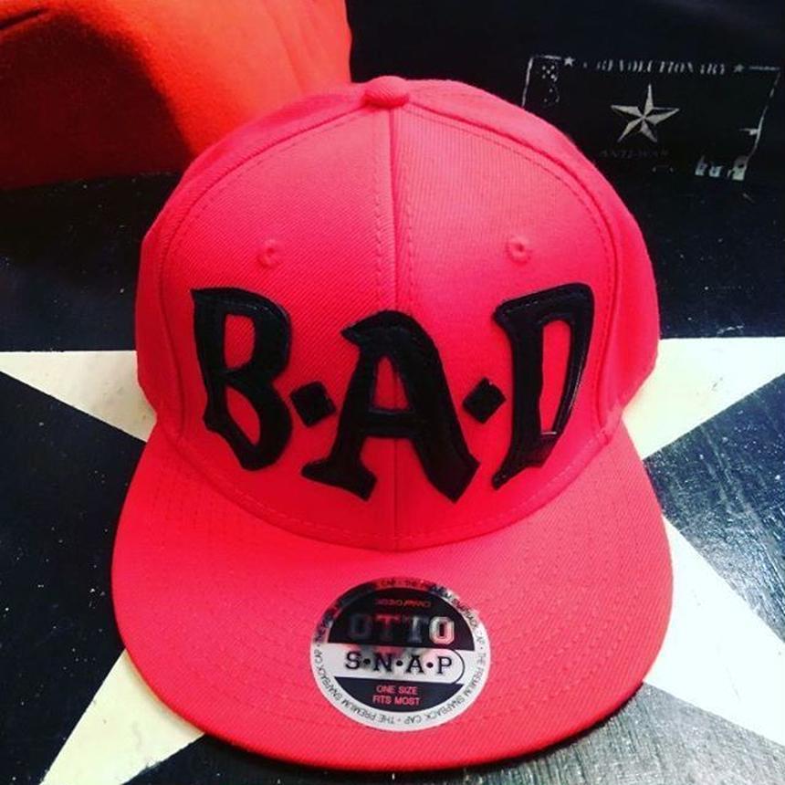 BIG AUDIO DYNAMITE /B・A・D flat visor cap/RED×BLACK