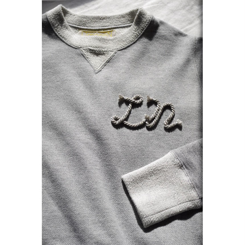 FRENCH TERRY LONG SLEEVE SWEATSHIRT WITH TWIST CODE TRIM-HEATHER GREY