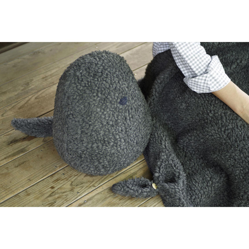 SOFT SCULPTURE-WASHABLE WOOL BOA (CHARCOAL GREY)