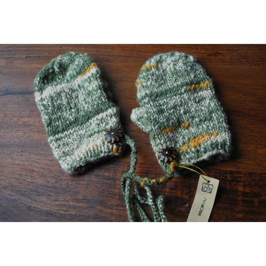 手つむぎ手編みのkids用ミトン