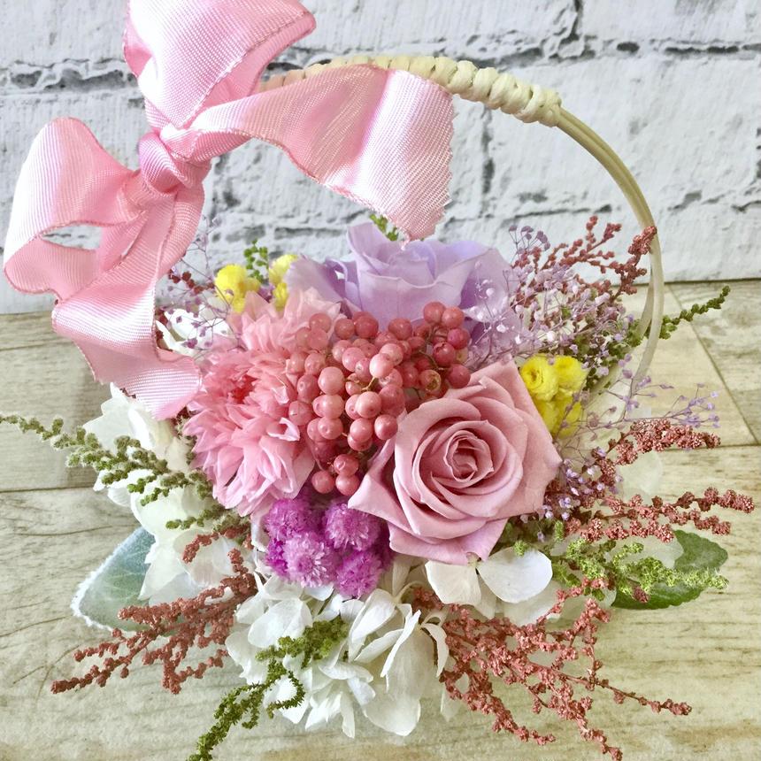 ギフトラッピング無料・色とりどり花かご・プリザーブドフラワー