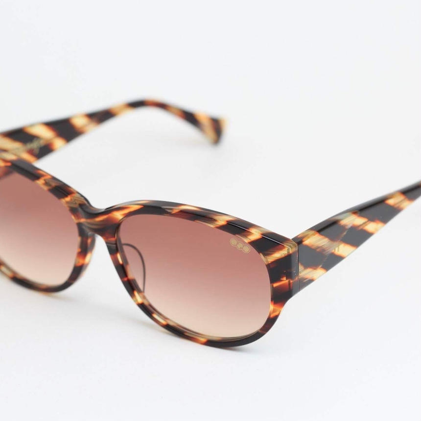 'mango' model clearbrown斜め  frame/brown gradation lens