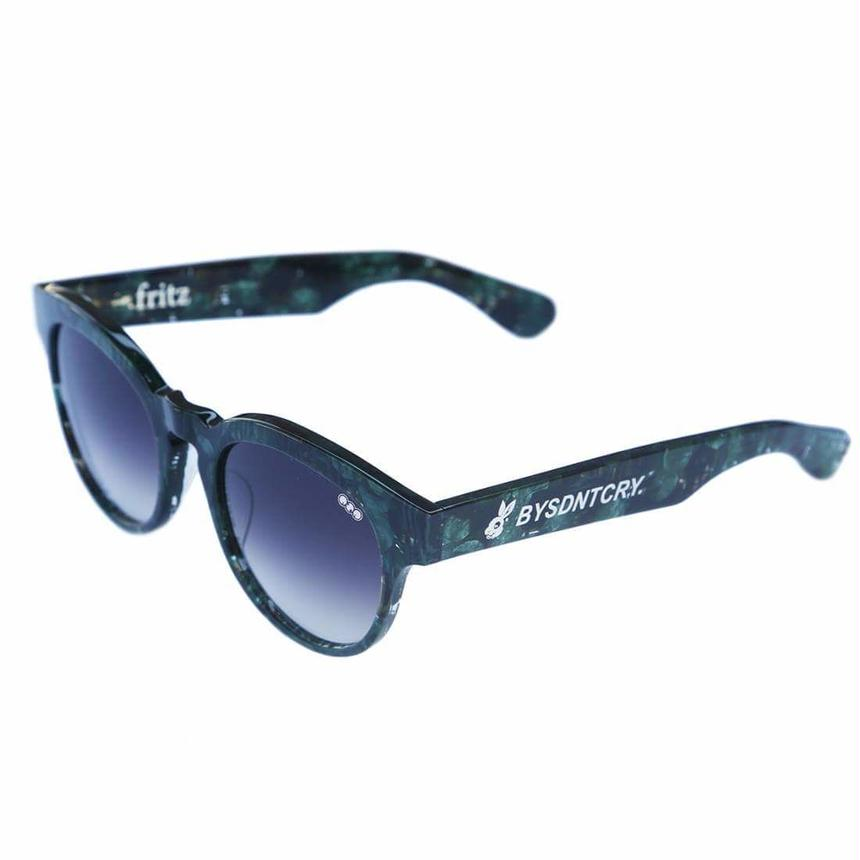 BYSDNTCRYx redi  'fritz'model 02 D.grey gradation lens